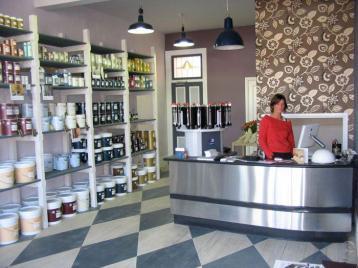 Joanna Pinkiewicz Paint Shop